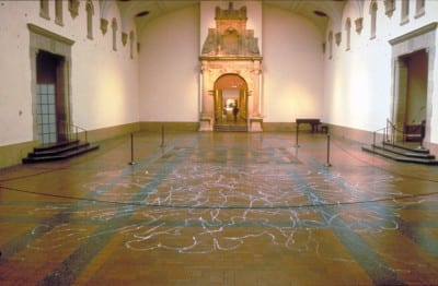 Rudy Lemcke, Immemorial, 1996, documentation of performance at de Young Museum for Day Without Art, (artwork © Rudy Lemcke, photograph © Hal Fischer)