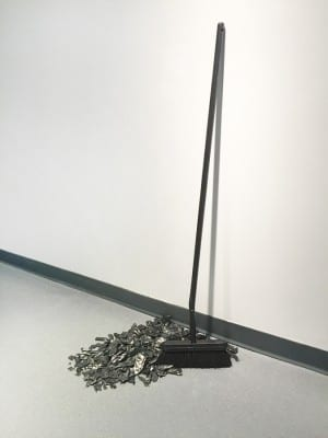 Diana Shpungin, A Break in One and Several Places, 2015, graphite pencil, horse hair broom, glazed porcelain and stoneware, 24 x 43 x 14 in. (60.9 x 109.2 x 35.5 cm) (artwork © Diana Shpungin)