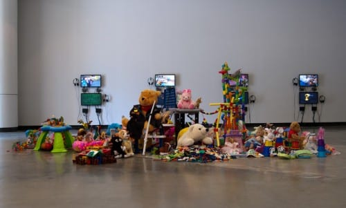 Joel Tauber, The Sharing Project, installation, University Art Museum, California State Long Beach, 2015 (artwork © Joel Tauber)
