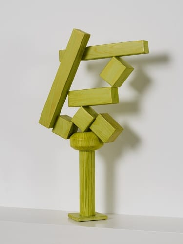 Lauren Clay, Old Enough to Repaint but Young Enough to Sell (Cubi XVIII), 2011, paper, acrylic, wooden armature, 18⅝ x 11½ x 4½ in (47.3 x 29.2 x 11.4 cm) (artwork © Lauren Clay)